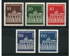 1966/67 - LOTTO/11976 - BERLINO - PORTA DI BRANDEBURGO 5v. - NUOVI