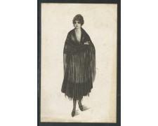 1918 - REGNO - CARTOLINA A COLORI DONNA CON SCIALLE - VIAGGIATA - LOTTO/29966